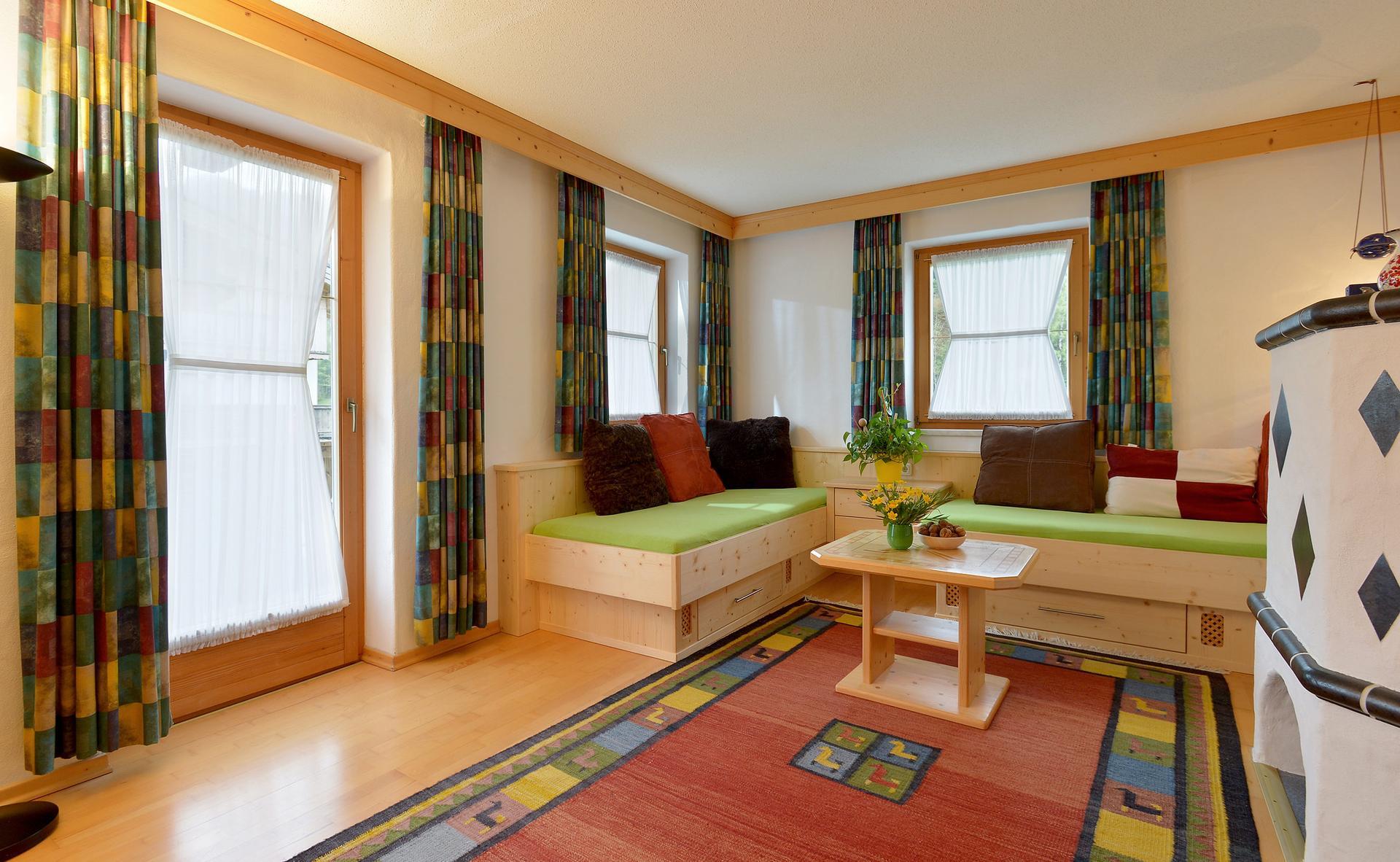 Einladendes Wohnzimmer für gemütliche Stunden